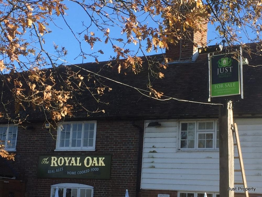 Royal Oak Pub, Pett???